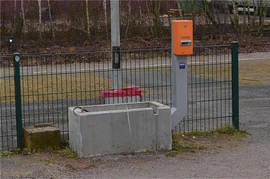 Stehlen Ikea fahrkartenautomat der bahn in marten gestohlen