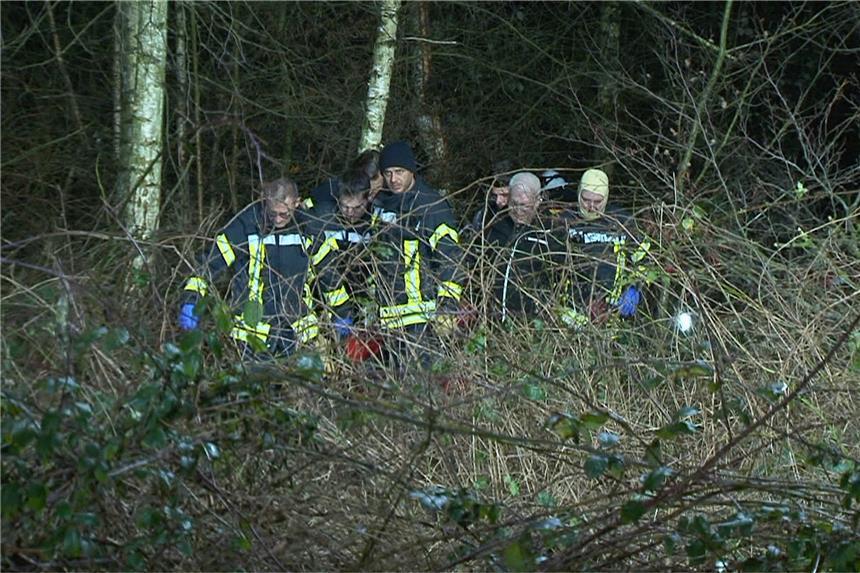 Seine Angehörigen fanden ihn im Wald: Arbeiter in Gelsenkirchen von Baum erschlagen