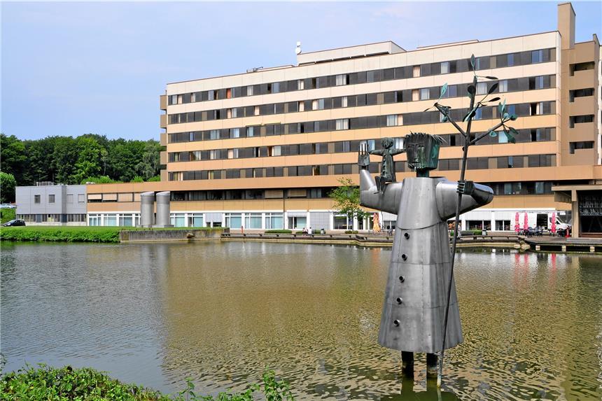 Ziemlich Kann Eine Cna Arbeit In Einem Krankenhaus Zeitgenössisch ...