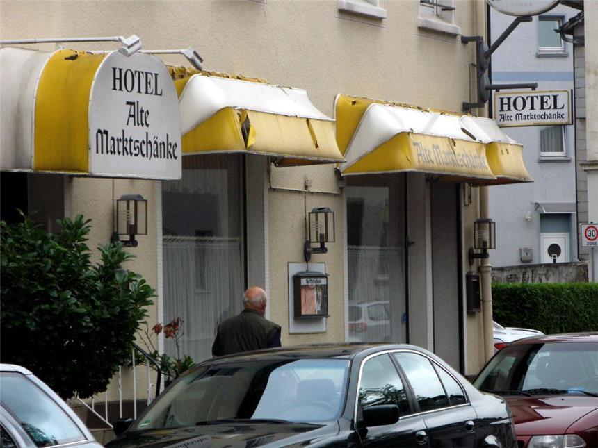 Ralf Rendel macht aus ehemaligem Hotel eine Kanzlei