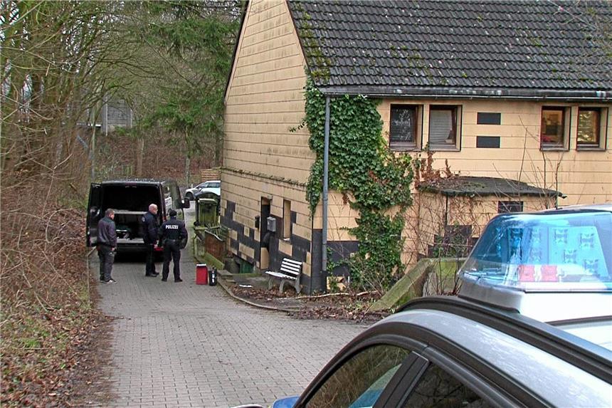 Mann (39) in Bochum getötet! Polizei nimmt zwei Verdächtige fest