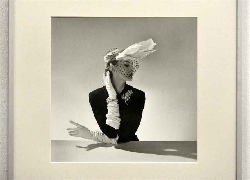 Vögel in Dior: Fotos von Willy Maywald im MKK