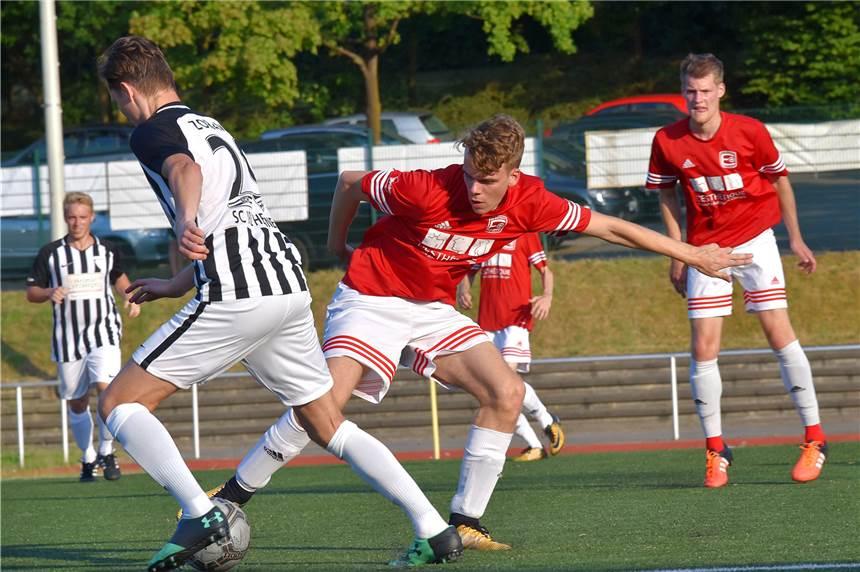 1:0 gegen Hennen: Alexander Göbel schießt Ergste ins Viertelfinale