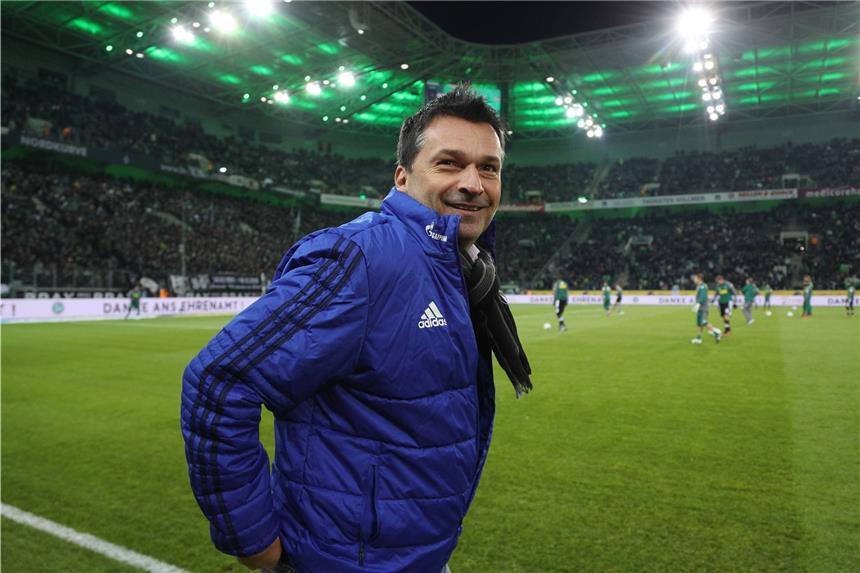 Scholl meldet sich nach Kritik an VfB-Coach Wolf