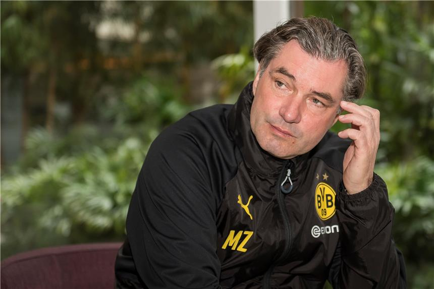 Michael Zorc kuemmert sich um den Kader des BVB er ist 1251094 - Borussia Dortmund interested in Finnish Prodigy