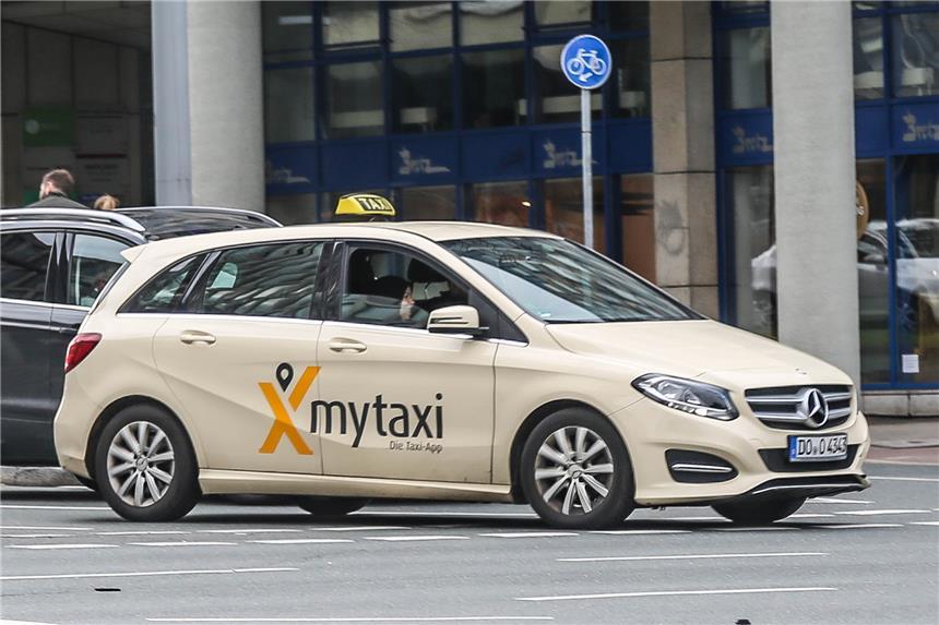 taxi dortmund diskutiert werbung von mytaxi und cabdo. Black Bedroom Furniture Sets. Home Design Ideas