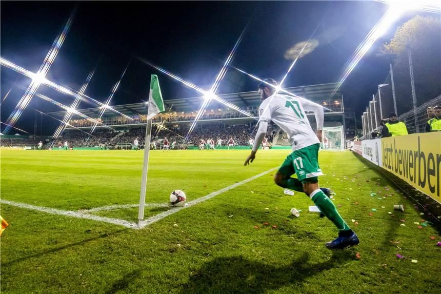 Fußball: BVB wieder mit allen Stars ins Spiel gegen Bremen