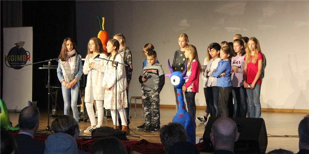 Mit dieser BVB-Ikone feierte das Schulzentrum Asseln sein 50-jähriges Bestehen