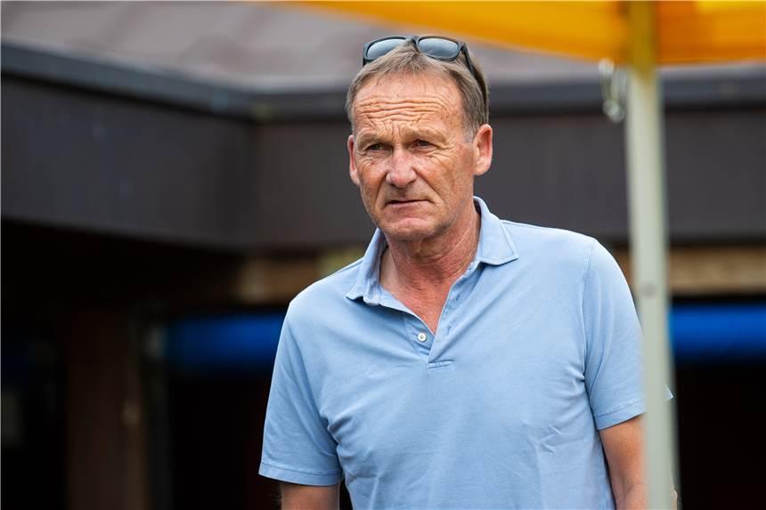 """BVB-Geschäftsführer Hans Joachim Watzke sagt """"Jadon Sancho wird die Saison 2020/21 bei uns spielen da gibt es keinen Interpretationsspielraum"""