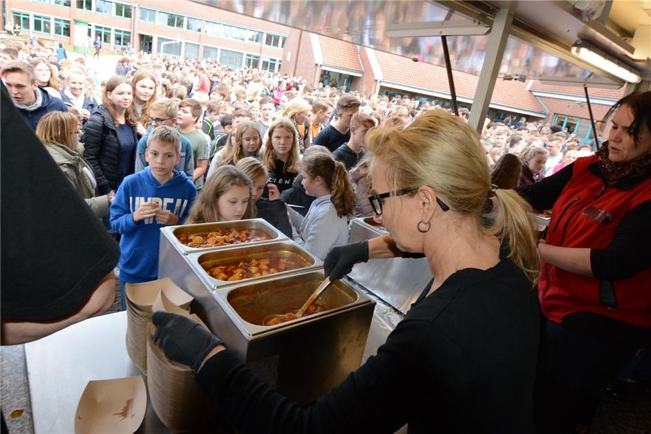 Currywurst-Weltrekord: Wie geht es weiter mit dem Rekordversuch aus Olfen? - Ruhr Nachrichten