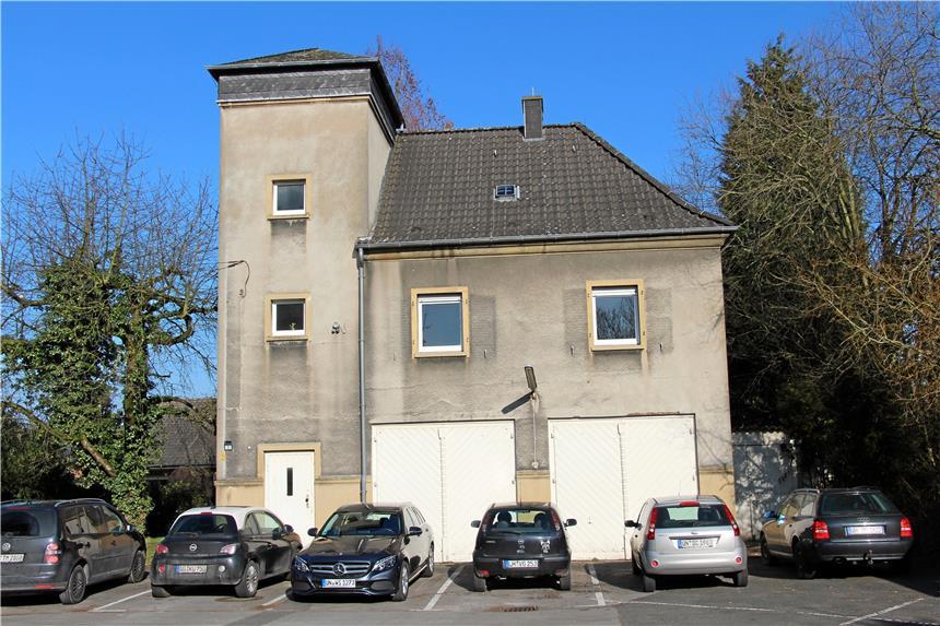 Beliebt Stadt will altes Gebäude an der Rettungswache abreißen WH33