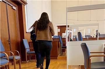 Anklage: Dortmunderin (23) soll Serie schwerer Straftaten begangen haben
