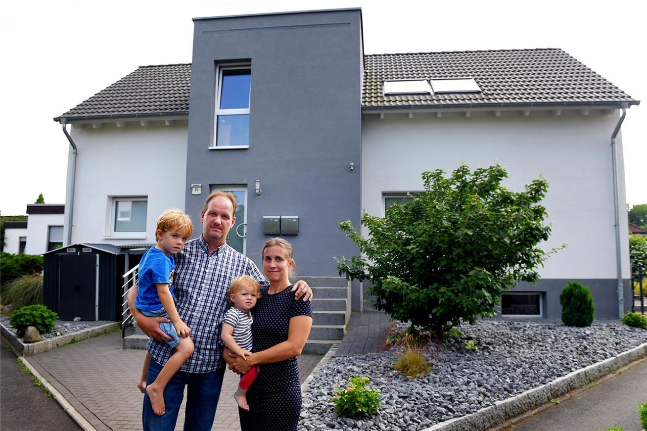 Relativ Der Fall Ahlers: Nach falscher Baugenehmigung soll eine Familie RB26