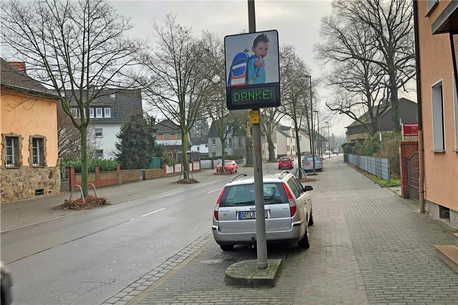 Politik fordert Verkehrskontrollen auf der Hostedder Straße - Ruhr Nachrichten