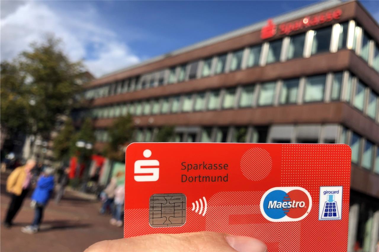 Sparkasse Ec Karte Ausland.Sparkasse Gebuhrensprung Beim Online Konto Und Der Ec Karte