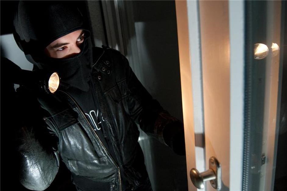 Einbrecher dringen in Einfamilienhaus ein - Polizei sucht Zeugen - Ruhr Nachrichten