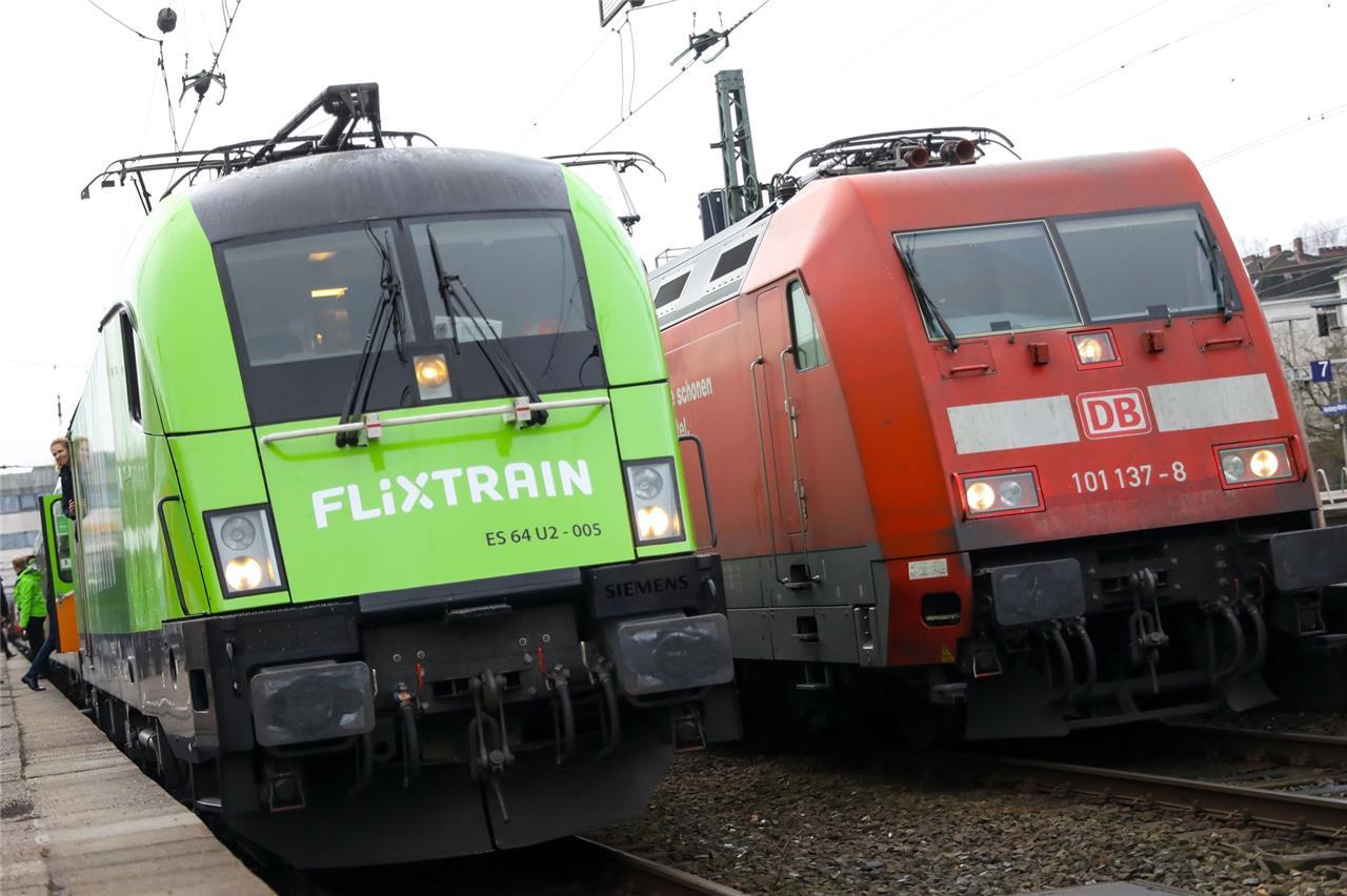 Pendler Sauer Wegen Flixtrain Fällt Eine Bahn Verbindung