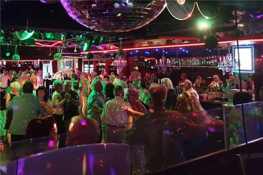 Single Party in Aachen | Für Aachener Singles | Aachens kostenlose Singlebörse