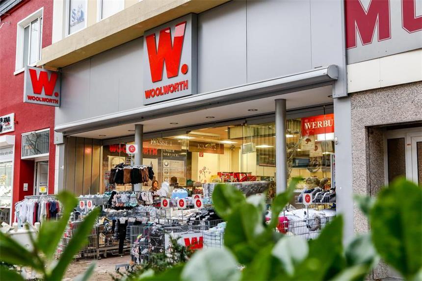 Outlet Weihnachtsdeko.Ladenhüter Weihnachtsdeko Schon Aus Regal Geräumt