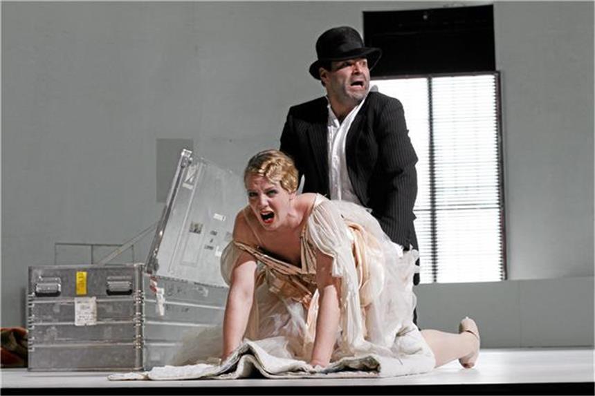 Das Deutsche Theater zeigt Höllenritt des Franz Biberkopf