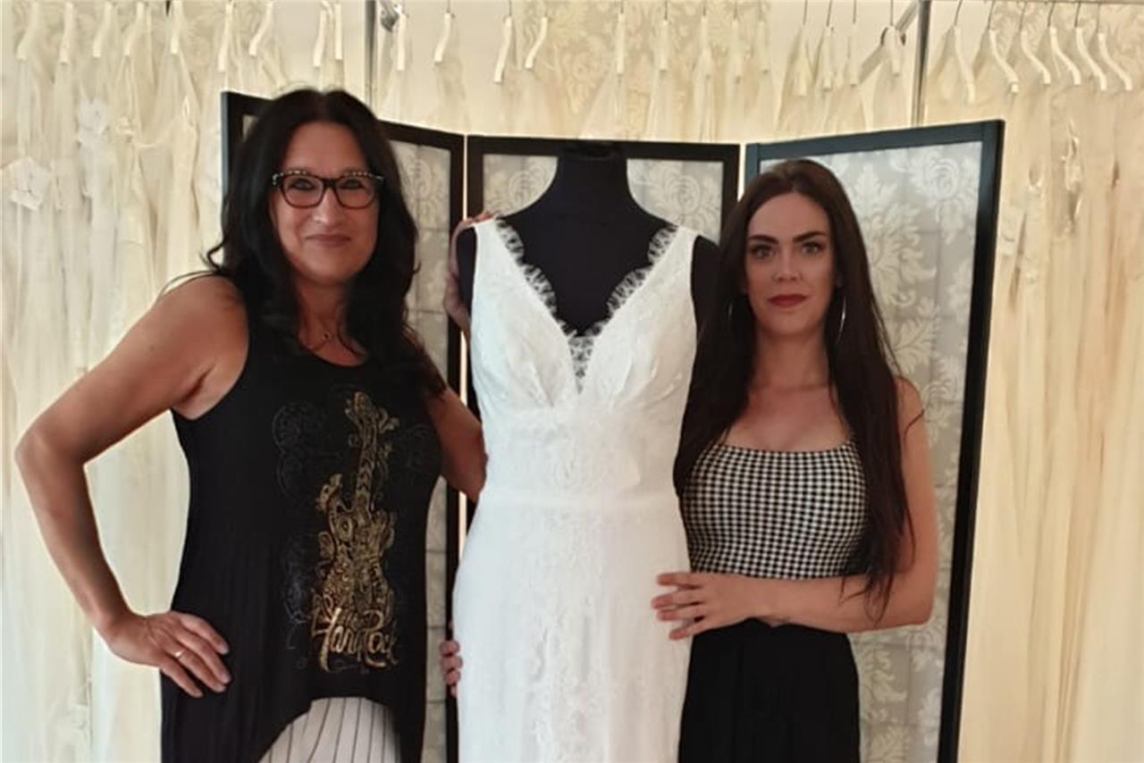 """Neues Brautmodengeschäft eröffnet - und möchte ins TV """"Zwischen"""