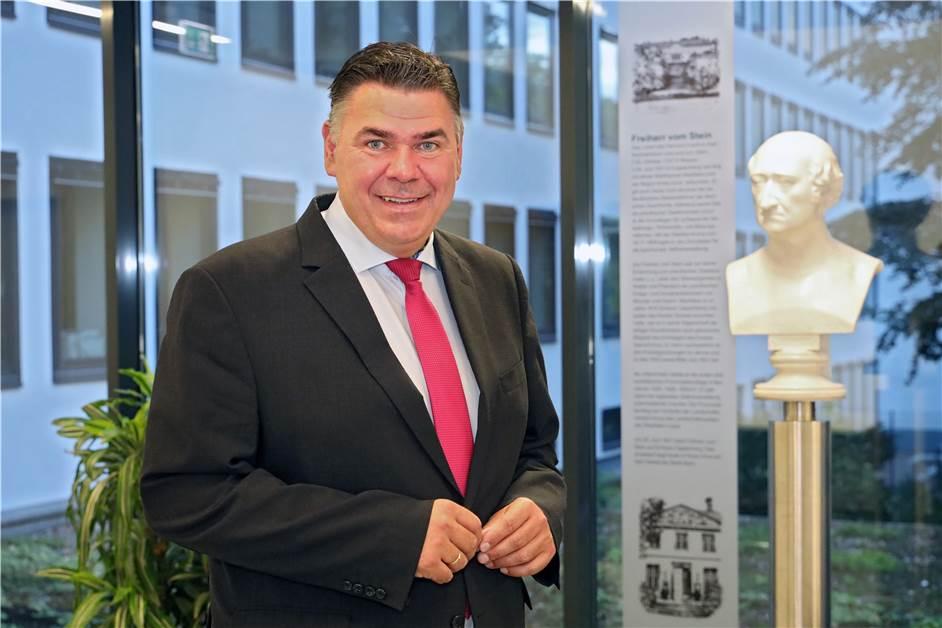 Mario Löhr wird neuer Landrat des Kreises Unna