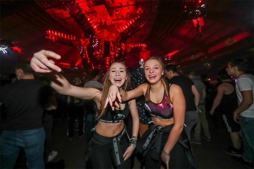 So Wild War Die Exodus Party In Dortmund