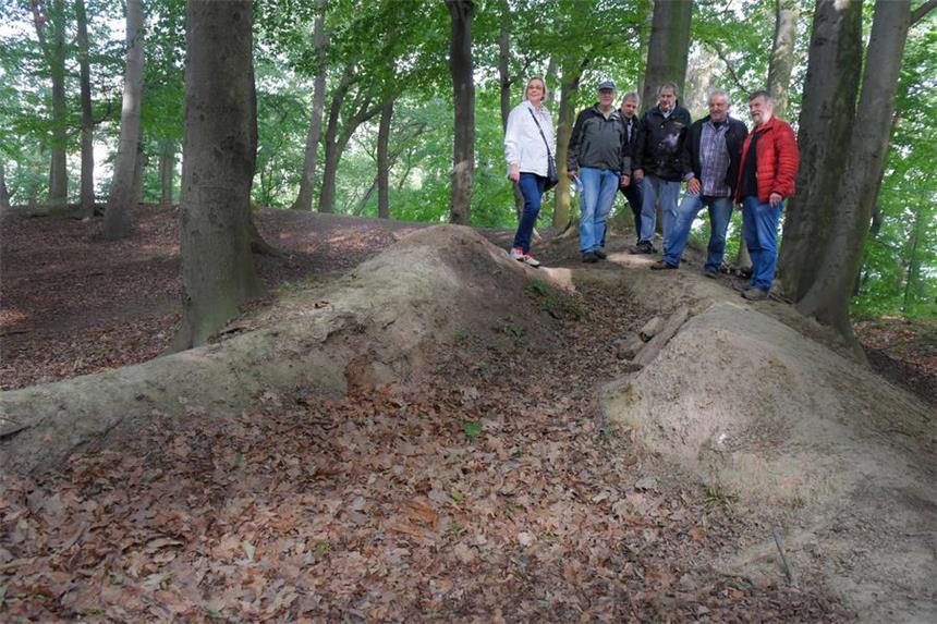 Diese Hügel Waren Vor 1000 Jahren Ein Wall